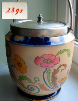 Art Nouveau Poppy 2395 biscuit barrel