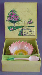 Carlton Ware Water Lily open jam & spoon.